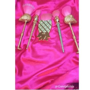 Glitter makeup brush sets
